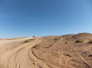 weg tussen Erfoud en Merzouga